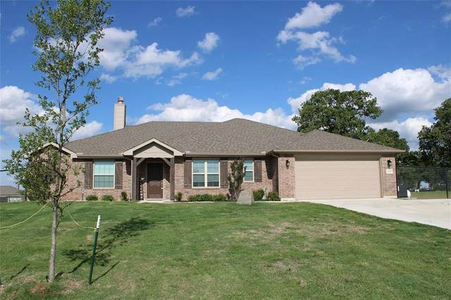 100 Springwood Ranch Loop, Springtown, TX 76082 (MLS #14242970) :: NewHomePrograms.com LLC