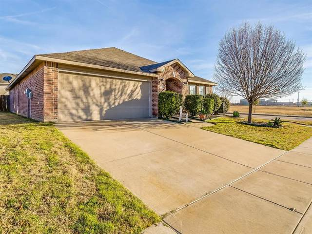 1340 Hillside Drive, Burleson, TX 76028 (MLS #14246489) :: Hargrove Realty Group