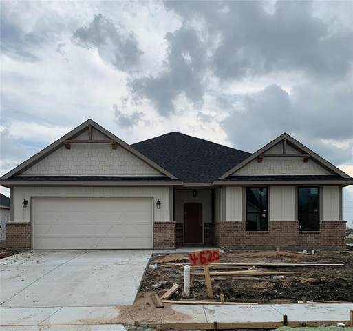 4520 Oriole Drive, Sherman, TX 75092 (MLS #14255095) :: Baldree Home Team