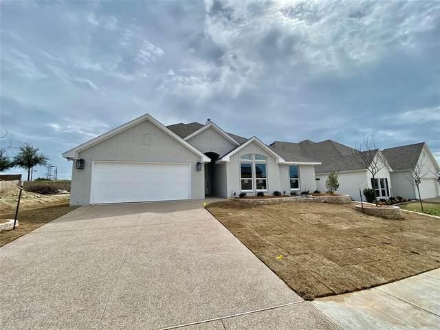 11005 Trail Ridge Drive, Benbrook, TX 76126 (MLS #14256410) :: Potts Realty Group