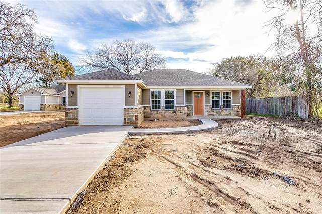 206 Mansfield Road, Cleburne, TX 76031 (MLS #14260591) :: Potts Realty Group