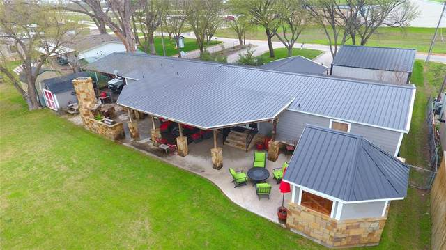 1047 Airport Road, Possum Kingdom Lake, TX 76449 (MLS #14298361) :: The Chad Smith Team