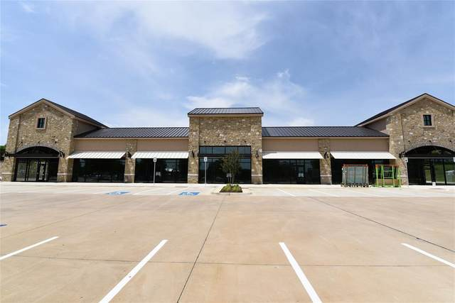 4301 Cross Timbers Road, Flower Mound, TX 75028 (MLS #14315153) :: The Kimberly Davis Group