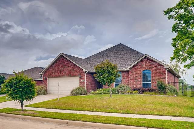 14036 Bronc Pen Lane, Fort Worth, TX 76052 (MLS #14325525) :: Real Estate By Design