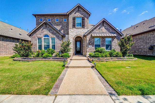 905 Crystal Oak Lane, Arlington, TX 76005 (MLS #14348537) :: The Heyl Group at Keller Williams