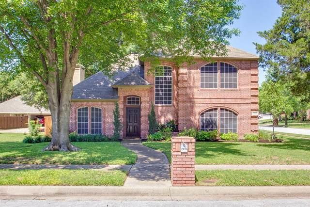 2033 Pecan Lane, Grapevine, TX 76051 (MLS #14352077) :: RE/MAX Pinnacle Group REALTORS