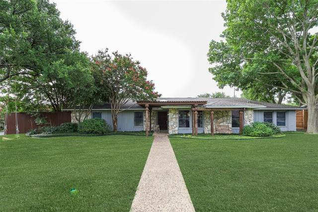 3858 Port Royal, Dallas, TX 75244 (MLS #14374952) :: The Mitchell Group