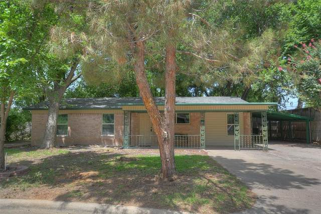 2014 Alan A Dale Road, Arlington, TX 76013 (MLS #14376951) :: The Good Home Team