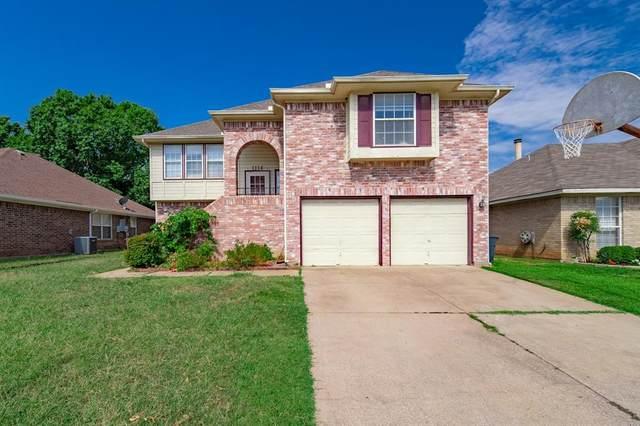 1114 Princeton Place, Euless, TX 76040 (MLS #14377377) :: RE/MAX Landmark