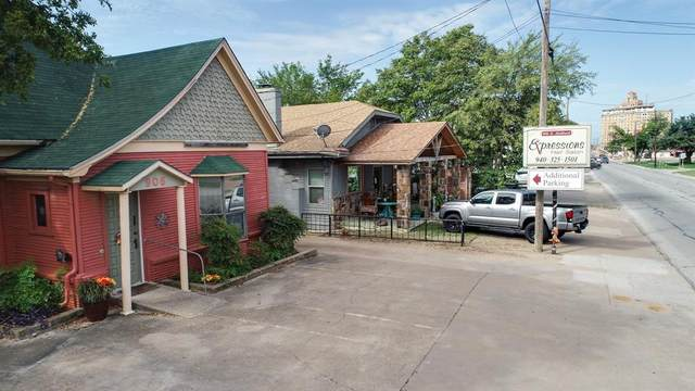 906 E Hubbard Street, Mineral Wells, TX 76067 (MLS #14389220) :: The Kimberly Davis Group
