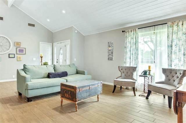1121 Augusta Court, Mansfield, TX 76063 (MLS #14405936) :: Real Estate By Design