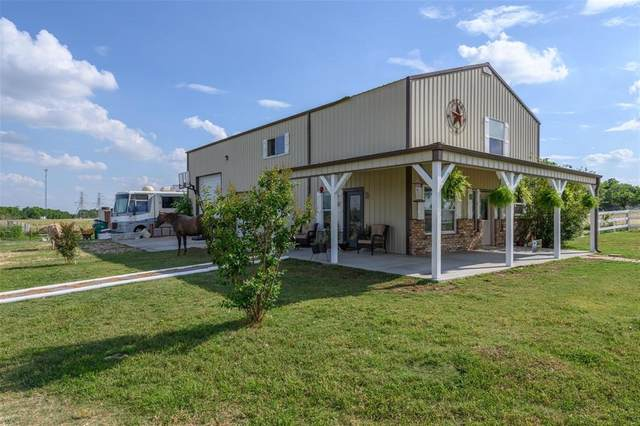 7041 Private Road 4923, Krum, TX 76249 (MLS #14421770) :: The Mauelshagen Group