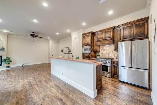 5613 Martel Avenue, Dallas, TX 75206 (MLS #14423504) :: The Hornburg Real Estate Group