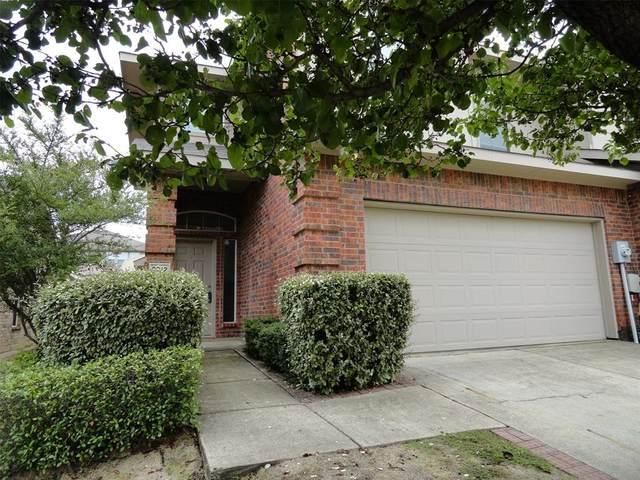 2212 Stonebrook Lane, Mesquite, TX 75181 (MLS #14432057) :: Real Estate By Design