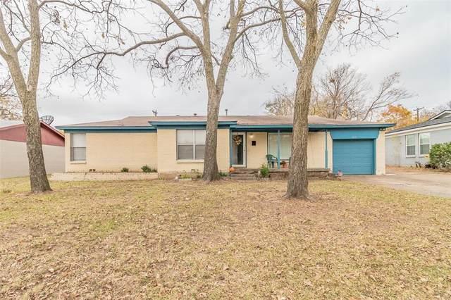 829 Glenda Drive, Bedford, TX 76022 (MLS #14474636) :: EXIT Realty Elite