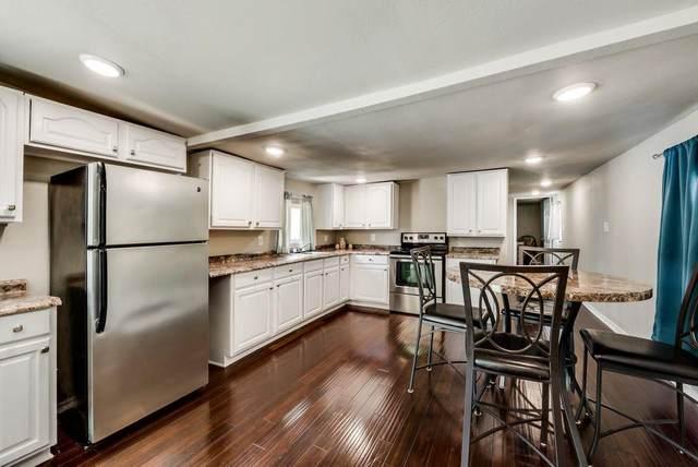 2208 Beverly Drive, Granbury, TX 76048 (MLS #14496245) :: Wood Real Estate Group