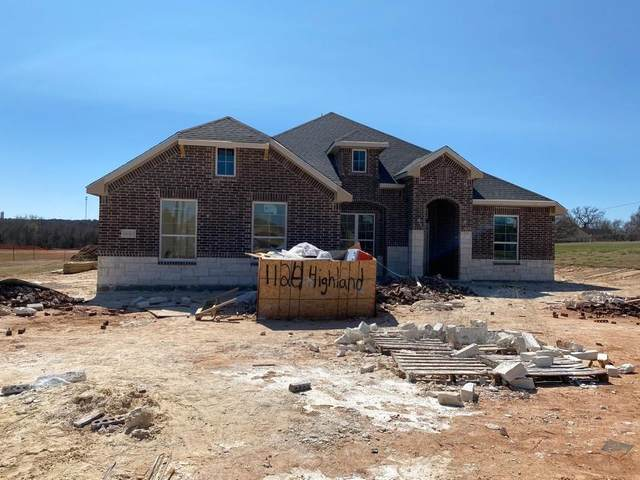 1124 Highland Road, Springtown, TX 76082 (MLS #14498856) :: The Chad Smith Team