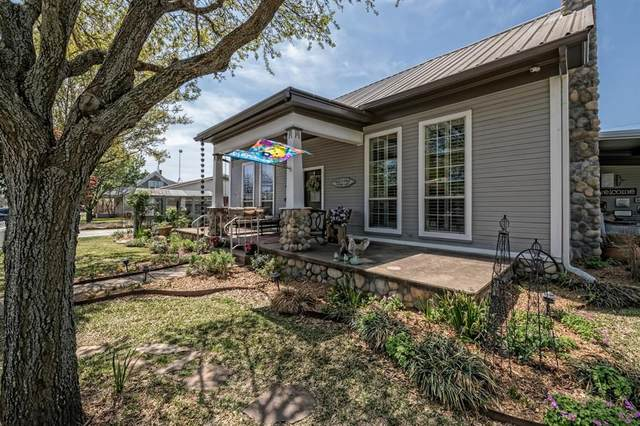 409 N San Jacinto Street, Whitney, TX 76692 (MLS #14500068) :: DFW Select Realty
