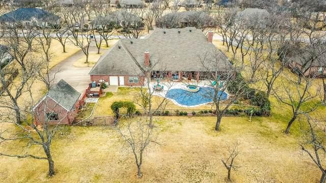 9607 Divot Drive, Granbury, TX 76049 (MLS #14500843) :: Premier Properties Group of Keller Williams Realty