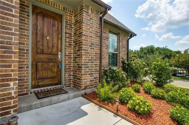 5137 Curzon Avenue, Fort Worth, TX 76107 (MLS #14519181) :: The Hornburg Real Estate Group