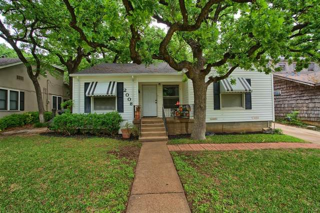 2008 Bluebonnet Drive, Fort Worth, TX 76111 (#14568546) :: Homes By Lainie Real Estate Group