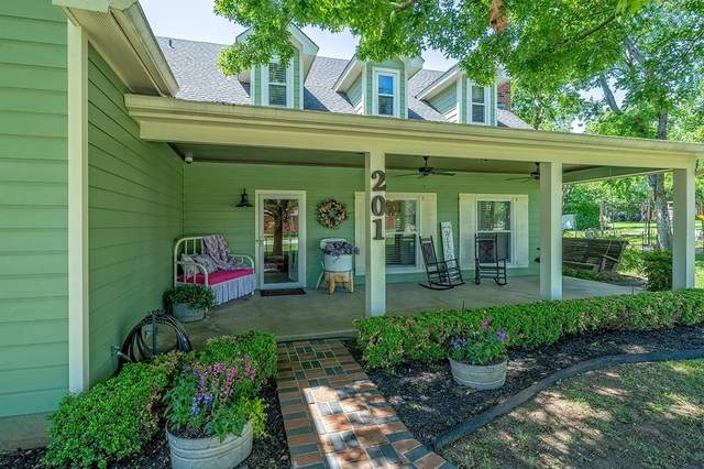 201 W 2nd Street, Justin, TX 76247 (MLS #14571856) :: Real Estate By Design