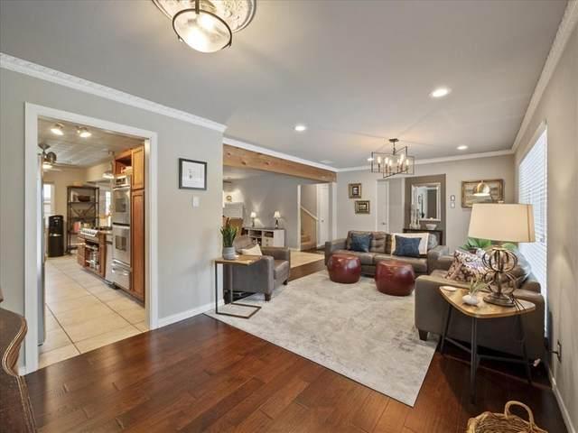 9442 Hunters Creek Drive, Dallas, TX 75243 (MLS #14584008) :: Wood Real Estate Group