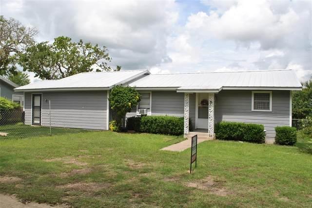 132 Elm Street, Dublin, TX 76446 (MLS #14594940) :: Real Estate By Design