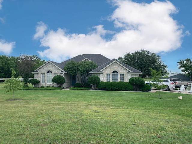 14016 Bates Aston Road, Haslet, TX 76052 (MLS #14597603) :: The Russell-Rose Team