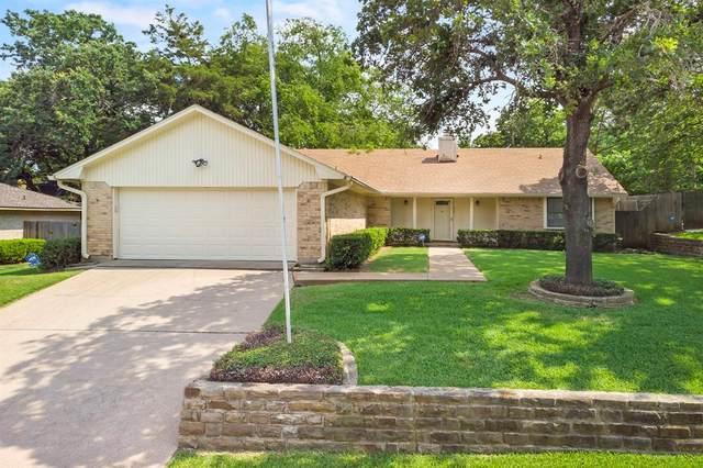 905 Glenn Drive, Euless, TX 76039 (MLS #14600818) :: The Mitchell Group