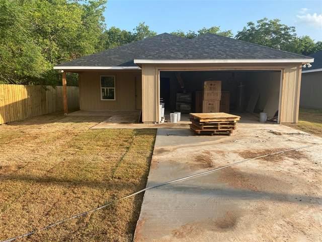 307 W Oak Street, Whitewright, TX 75491 (MLS #14606437) :: The Property Guys