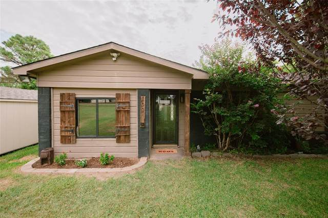 209 Paint Brush Trail, Burleson, TX 76028 (MLS #14620549) :: Real Estate By Design