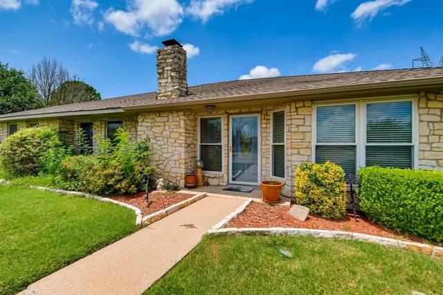 1525 Snow Bird Trail, Lewisville, TX 75077 (MLS #14622126) :: Real Estate By Design