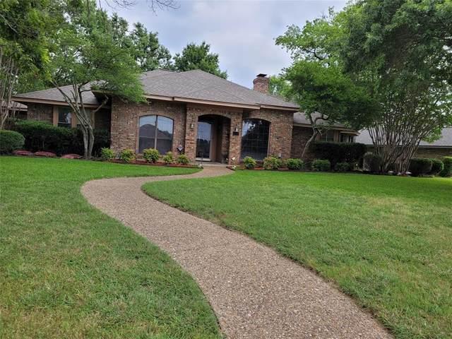 1851 Green Tree Lane, Duncanville, TX 75137 (MLS #14624603) :: Real Estate By Design