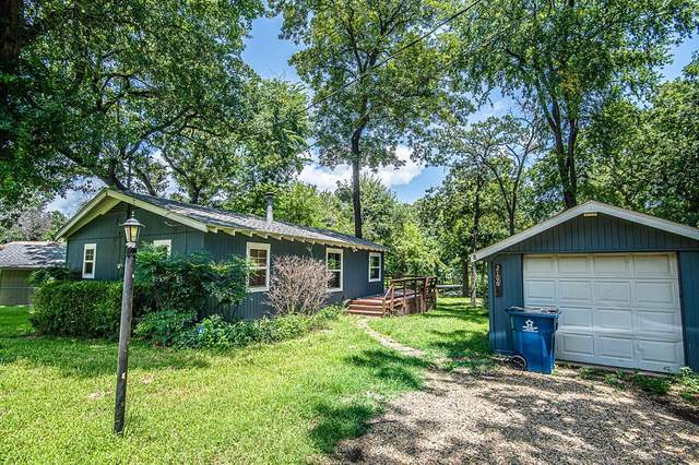 2106 Wildwood Way, Tool, TX 75143 (#14627785) :: Homes By Lainie Real Estate Group