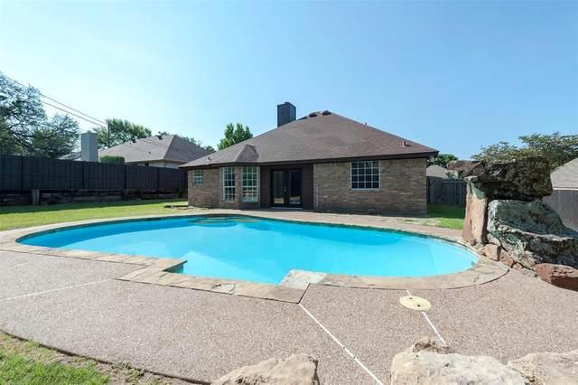 1412 Westwood Drive, Weatherford, TX 76086 (MLS #14647415) :: Maegan Brest | Keller Williams Realty