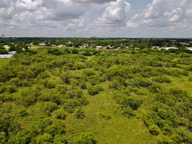 3901 Lenore Drive, Wichita Falls, TX 76306 (MLS #14647646) :: Real Estate By Design