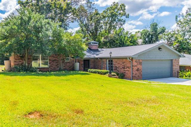 1332 Crestview Drive, Denison, TX 75020 (#14671003) :: Homes By Lainie Real Estate Group