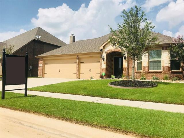 15036 Seventeen Lakes Boulevard, Fort Worth, TX 76262 (MLS #13859497) :: NewHomePrograms.com LLC