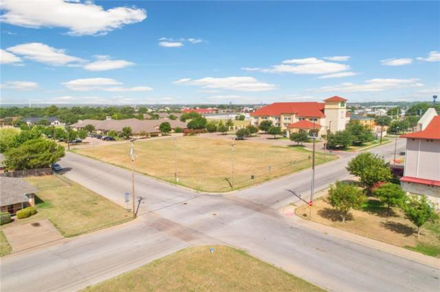 900 Harbor Lakes Drive, Granbury, TX 76048 (MLS #13890588) :: The Chad Smith Team