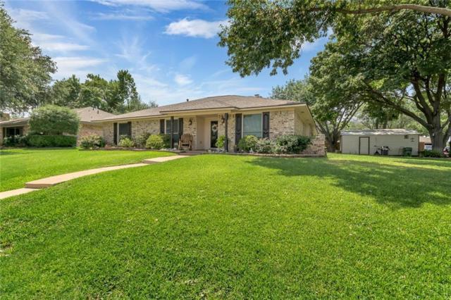 1930 Sierra Drive, Lewisville, TX 75077 (MLS #13912216) :: Century 21 Judge Fite Company
