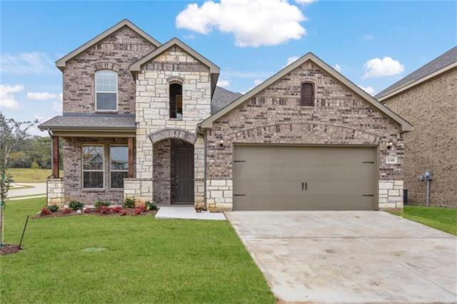 1348 Mountain View Lane, Kennedale, TX 76060 (MLS #13937146) :: Kimberly Davis & Associates