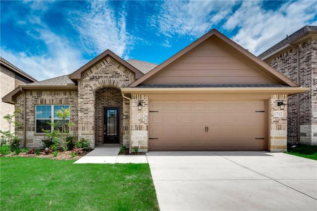 1712 Rio Costilla Road, Fort Worth, TX 76131 (MLS #14038372) :: RE/MAX Town & Country