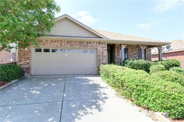 1093 Grand National Boulevard, Fort Worth, TX 76179 (MLS #14057137) :: RE/MAX Town & Country