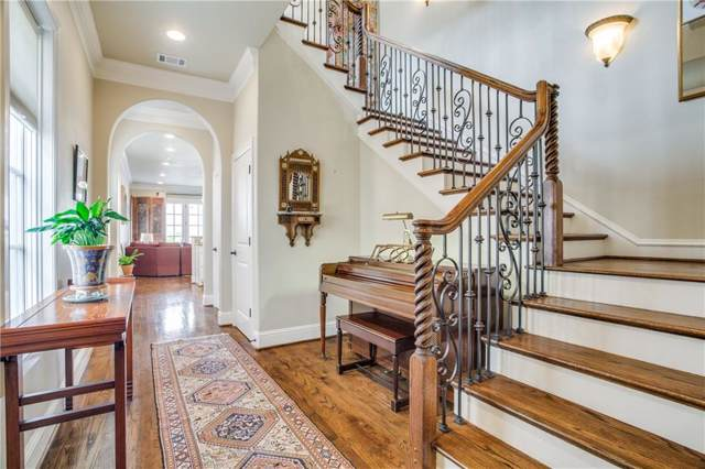 3755 W 5th Street, Fort Worth, TX 76107 (MLS #14069476) :: The Mitchell Group