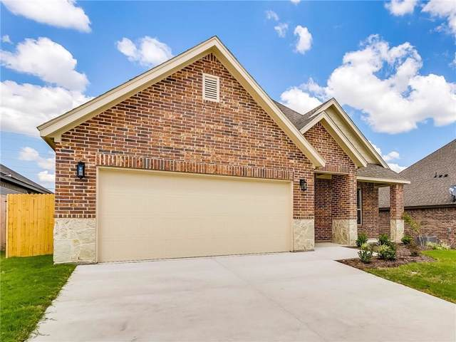 1708 Dale Lane, White Settlement, TX 76108 (MLS #14076348) :: The Chad Smith Team