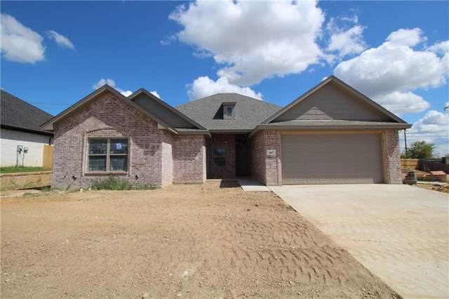 1607 Summercrest Drive, Cleburne, TX 76033 (MLS #14126763) :: Potts Realty Group