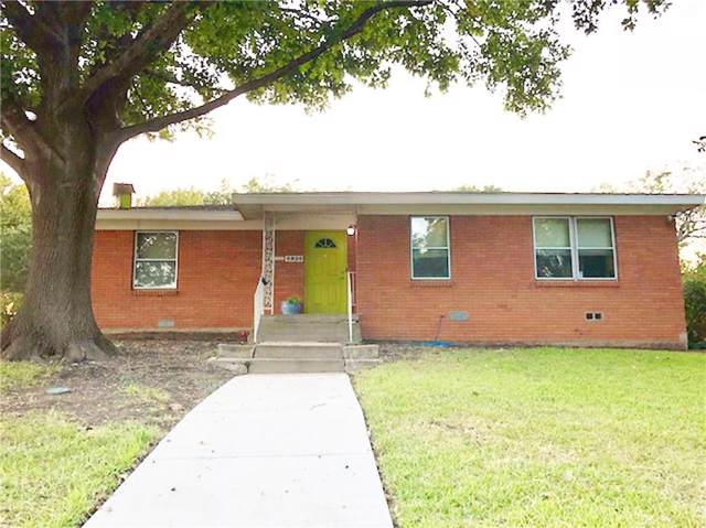 4924 Overton Avenue, Fort Worth, TX 76133 (MLS #14152529) :: The Mitchell Group