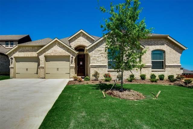 1024 Legacy Oaks, Joshua, TX 76058 (MLS #14208841) :: Potts Realty Group