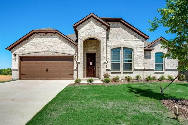 1028 Legacy Oaks, Joshua, TX 76058 (MLS #14258157) :: Potts Realty Group